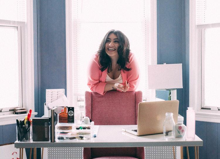 Blogger Spotlight: Nadia Aboulhosn