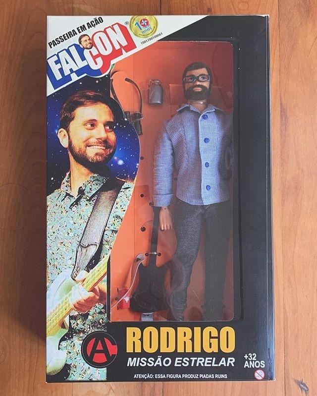 """A figura de ação """"Rodrigo, Missão Estelar"""" é o presente de natal ideal para toda família.  Corra e garanta o seu!"""