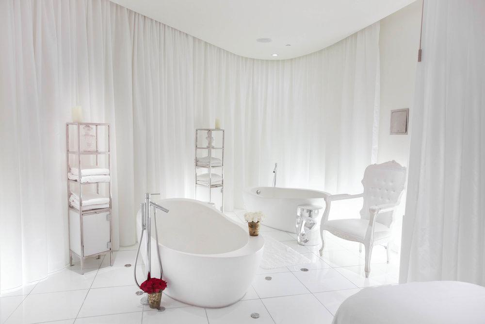 Bath Tub copy.jpg