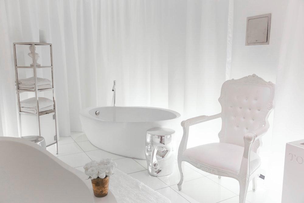 Bath1 copy.jpg