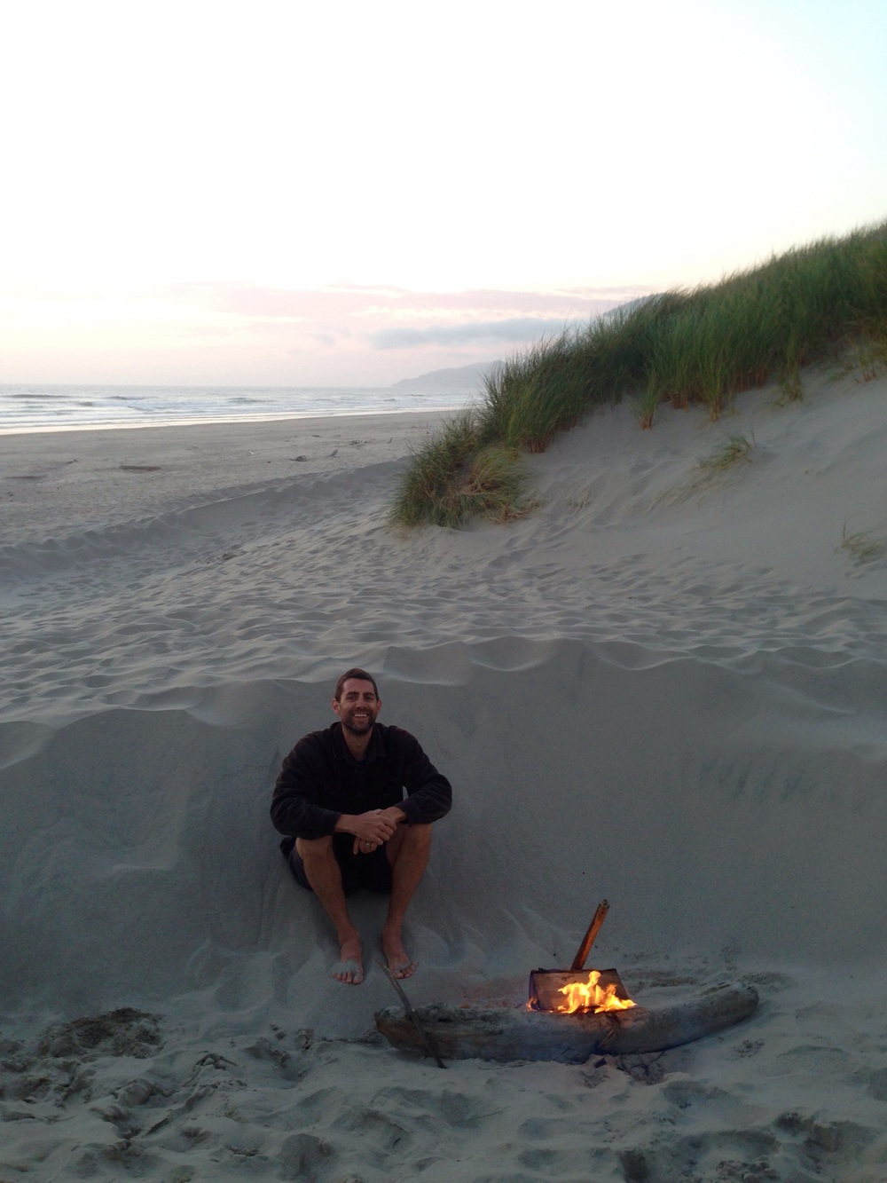 Little beach campfire with my old man