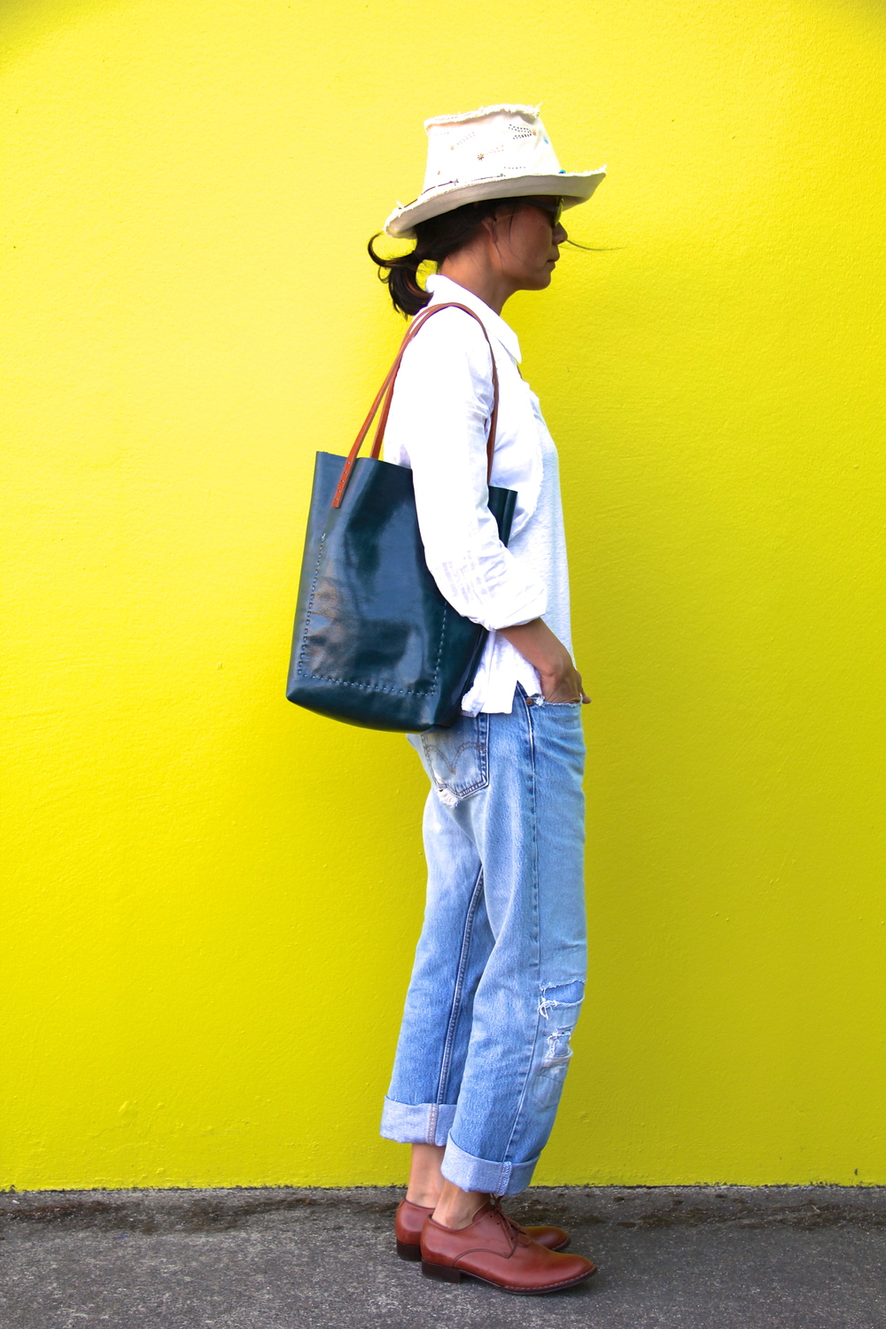 Simple Vintage Leather Tote in Teal