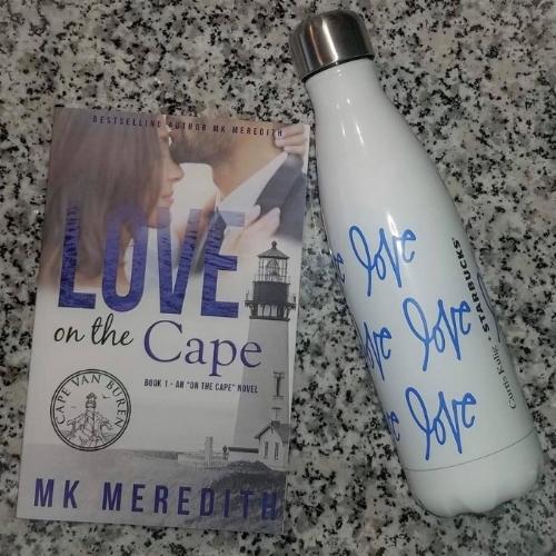 Second chance seaside romance Love on the Cape.jpg