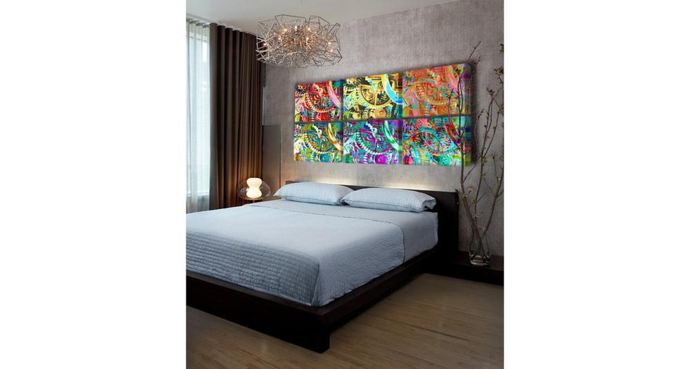 gear_paintings_in_modern_bedroom_b_wide_format.jpg