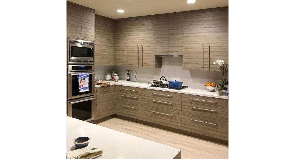 new kitchen carol wide.jpg