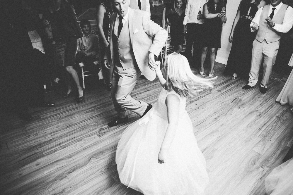 0919_rachaelchris_edgecomb_maine_wedding_039.jpg