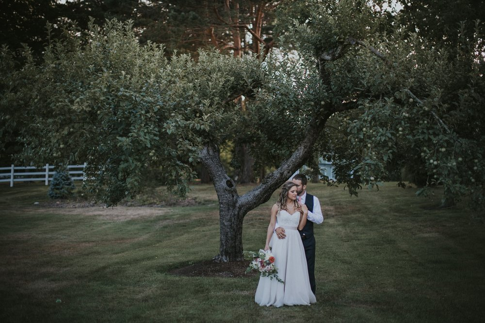 Maine Wedding Photographer | Live Well Farm Wedding