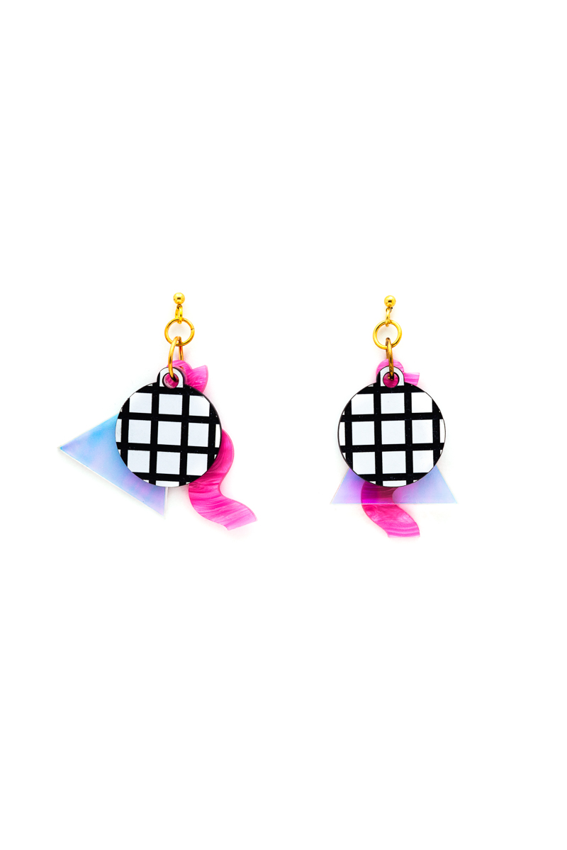 ISLYNYC VAPE CHARM EARRINGS.jpg