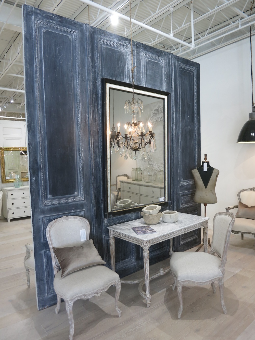 Eloquence Showroom
