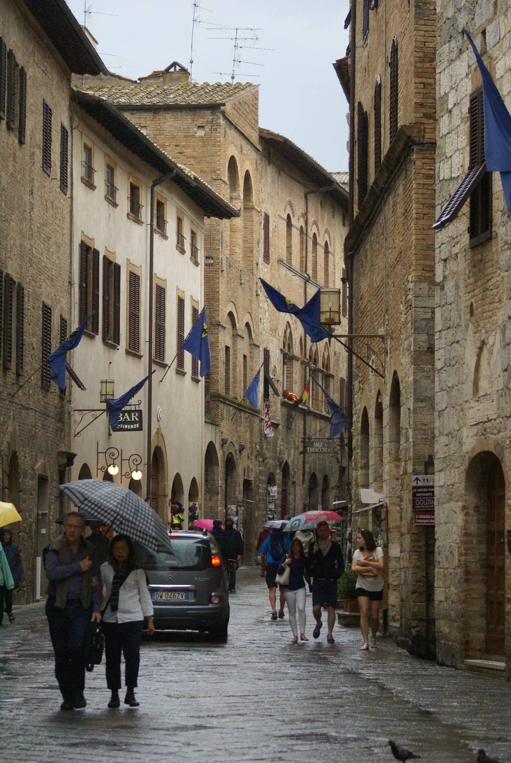 Candelaria Design Tour Italy June 2016 - Day 9 - San Gimignano ...