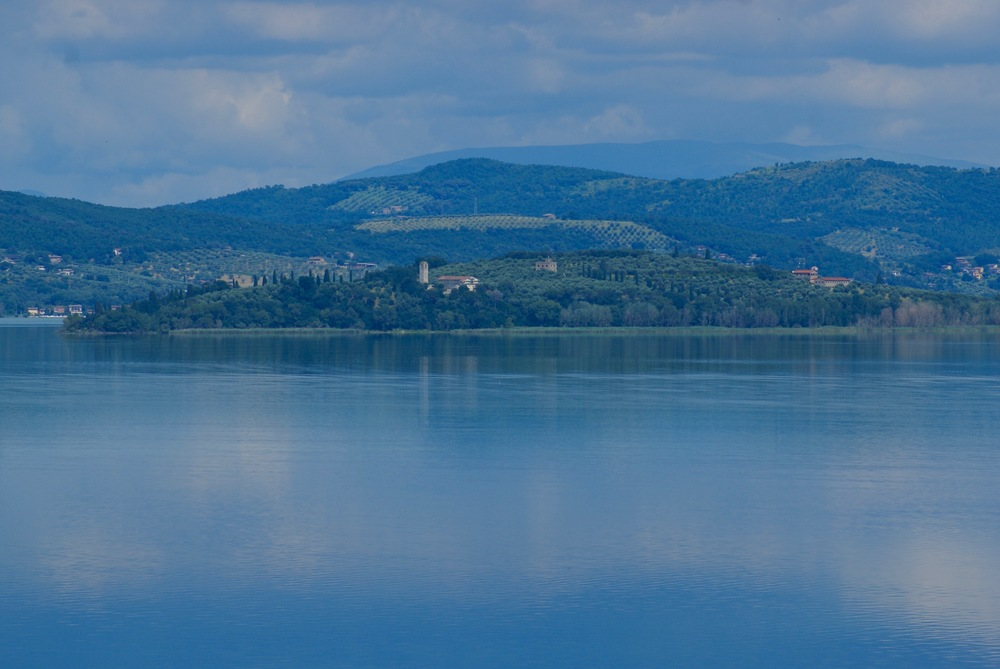 Lake Trasimeno from La Cantina