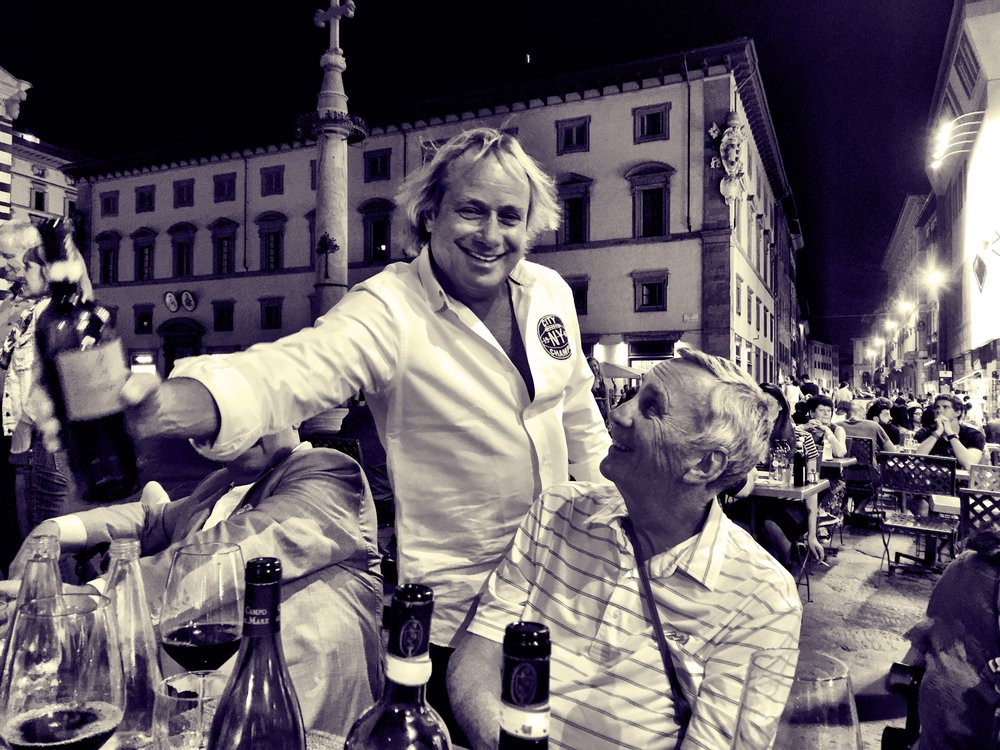 Walter Spitz serving the vino in Firenze