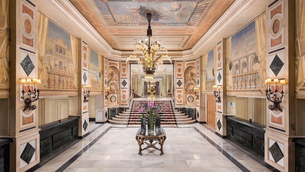 lobby-1600.JPG