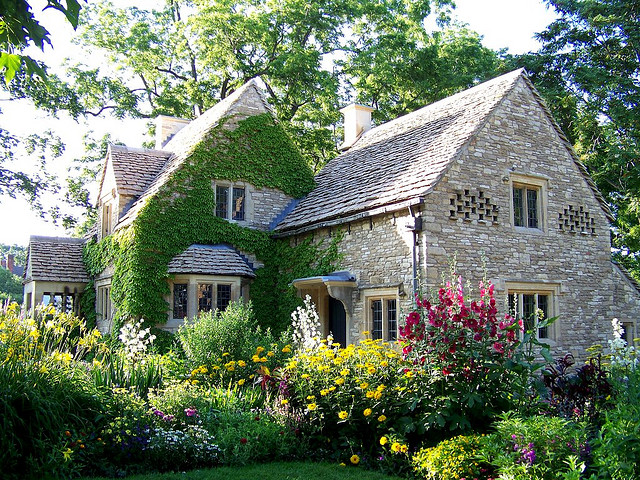 English-Country-Cottages-11-About-Remodel-Perfect-Home-Decor-Inspirations-with-English-Country-Cottages.jpg