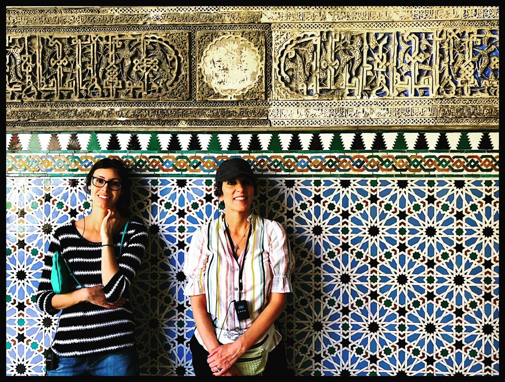 Tiffany and Isabel at the Al;cazar in Sevilla