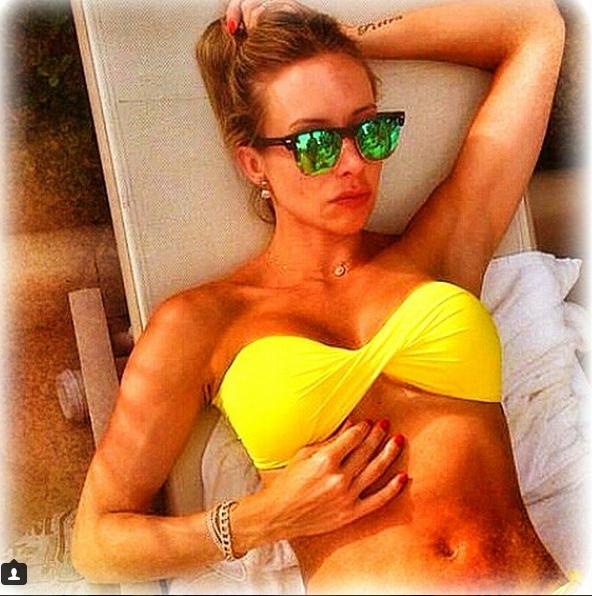 Roberta Melo hot