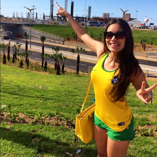 Clarice Alves3.png