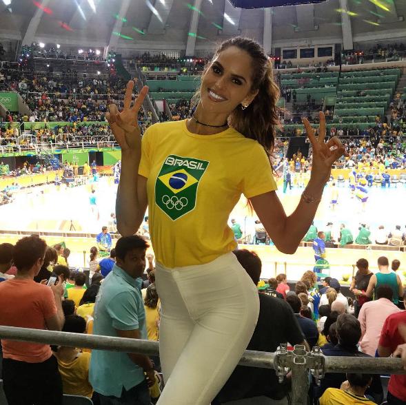 PSG WAGs Izabel Goulart