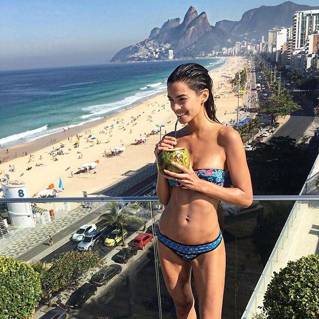brazilian wags Joana Sanz
