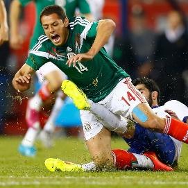 El Tri tackle.jpg