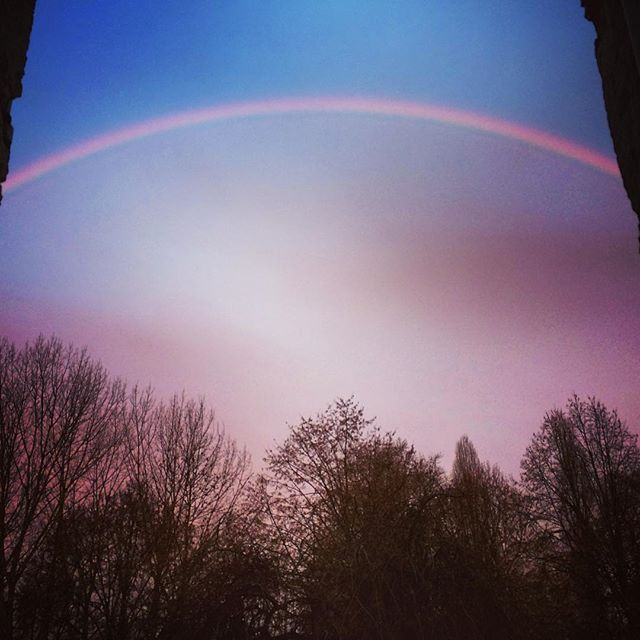 #winter #solstice #earlymorning #wakeup #window #view #rainbow dividing #sky #colours #colors #france #campagne #bergerac #bordeaux  #morning #feelingblessed