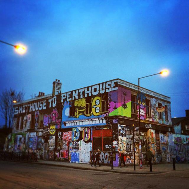 #eastlondon #old #squat #empty #house #grafitti #hackney #hackneywick #uk