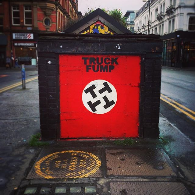 #truckfump #trump #streetart #manchester #uk🇬🇧