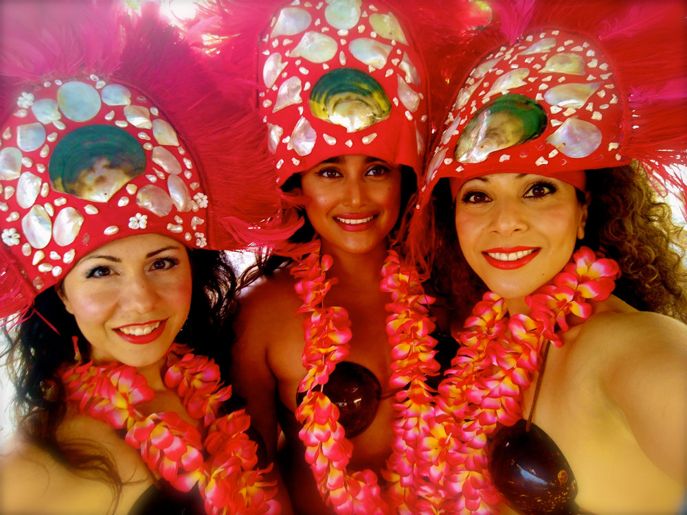 3Hawaiian Dancer Close Up Shot.jpg