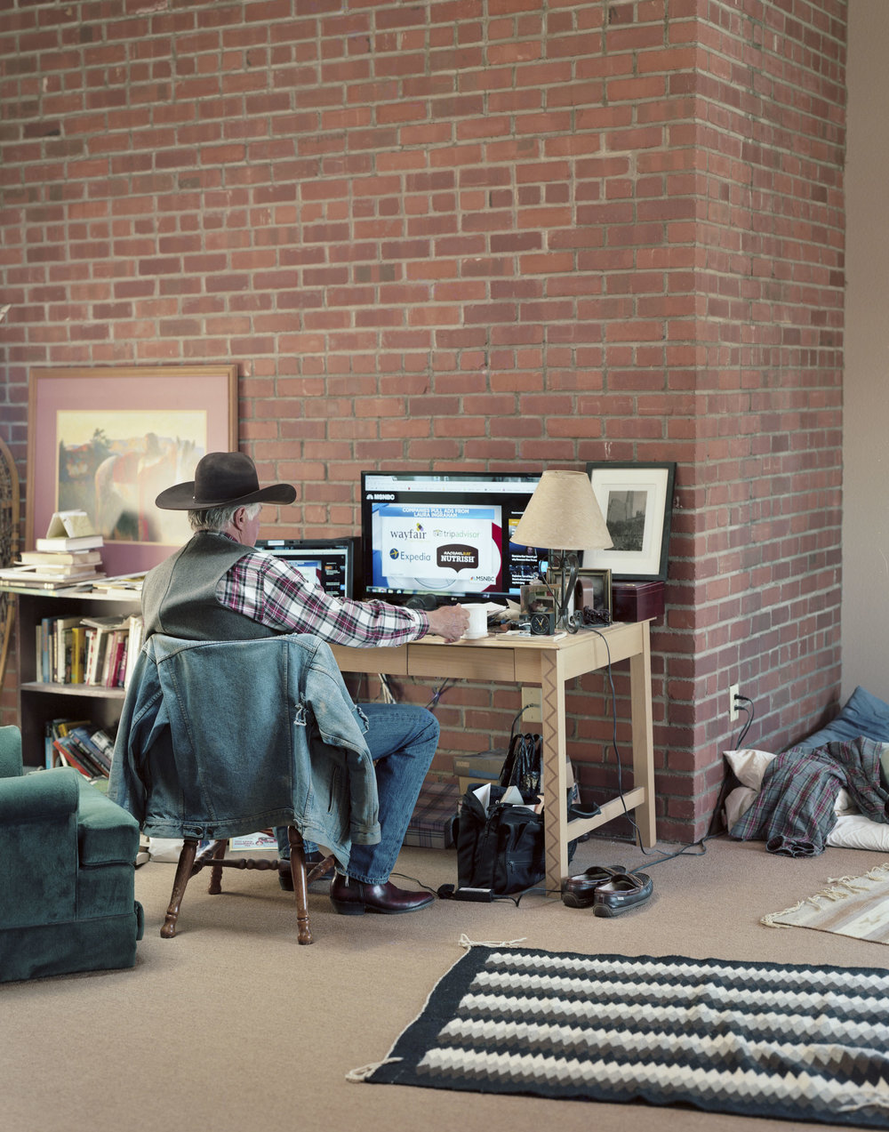 Cowboy_desk008.jpg