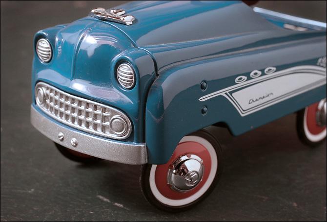 toy_car.jpg