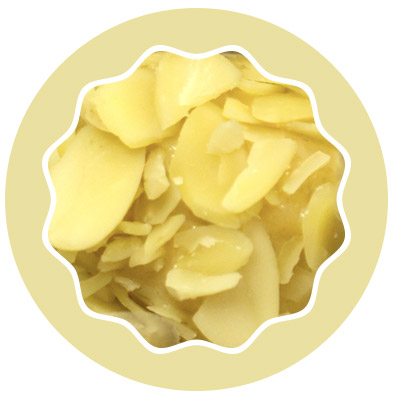 blessed-by-purefood-doces-brigadeiro-branco-com-amendoas.jpg