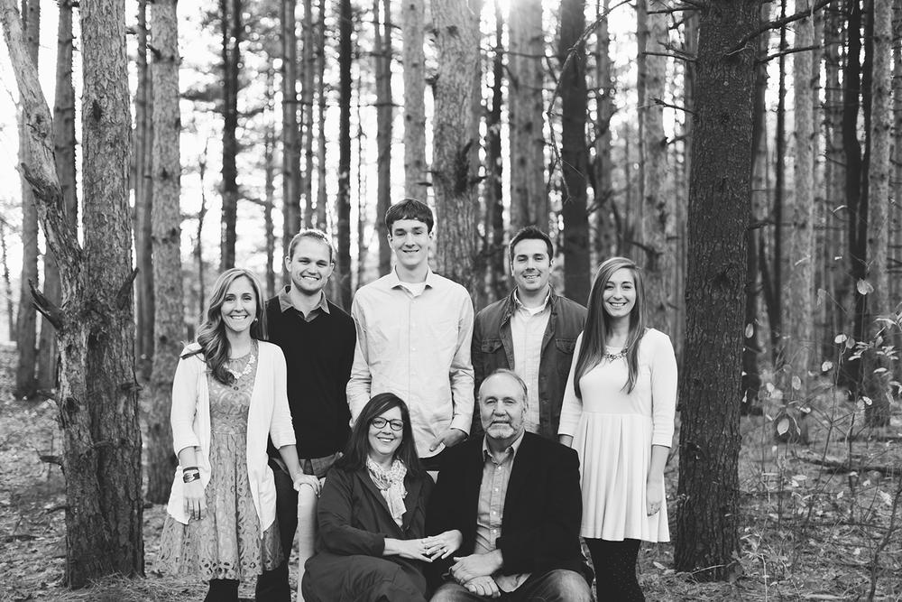 Jillian VanZytveld Photography Grand Rapids Family Portraits_01.jpg