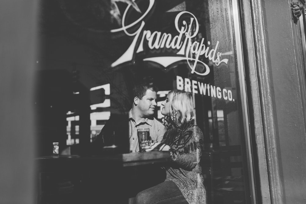 Jillian VanZytveld Photography - Grand Rapids Engagement Photography - 14.jpg