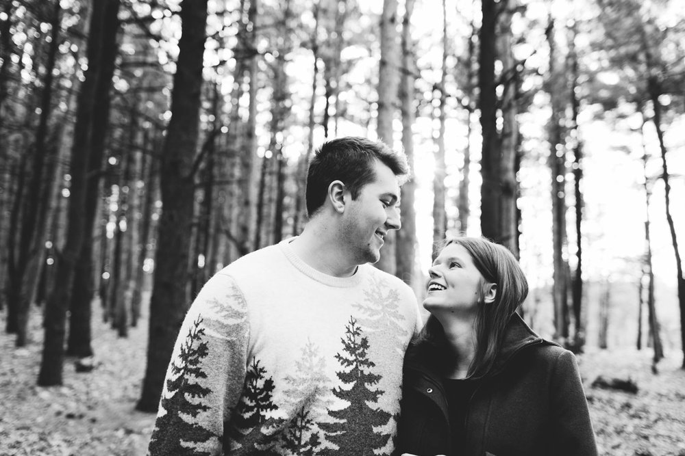 Jillian VanZytveld Photography - Grand Rapids Engagement Photography - 05.jpg