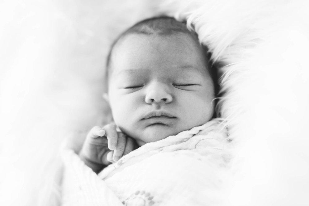 Jillian VanZytveld Photography - Grand Rapids Lifestyle Newborn Photography - 54.jpg