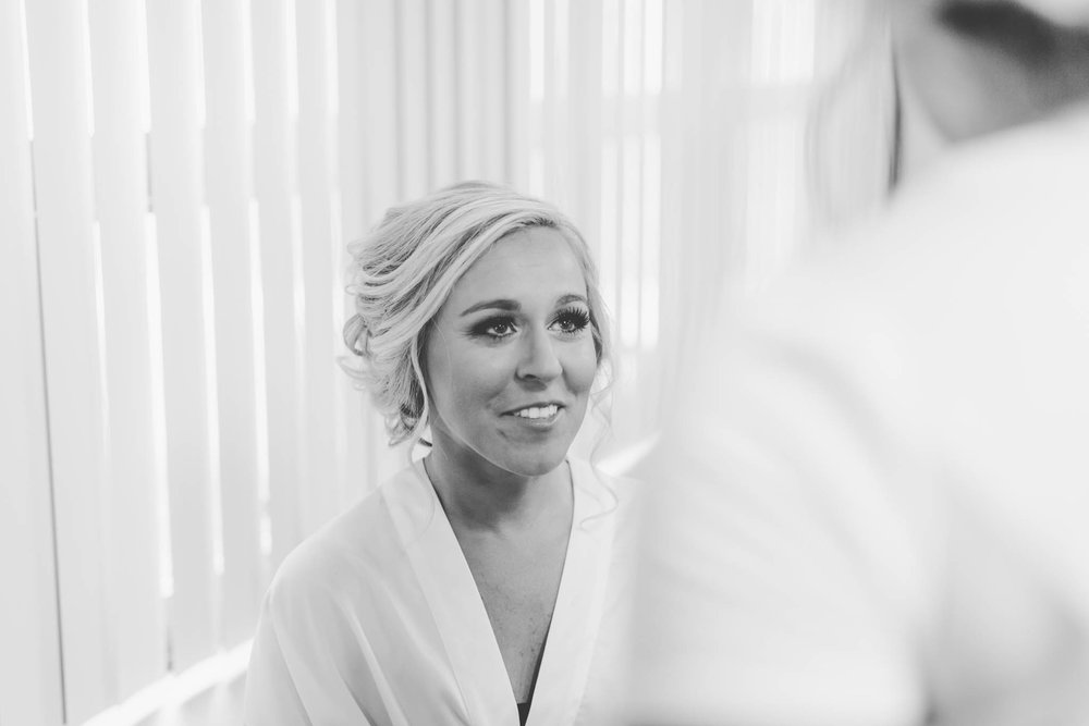 Jillian VanZytveld Photography - Grand Rapids Lifestyle Wedding Photography - 017.jpg