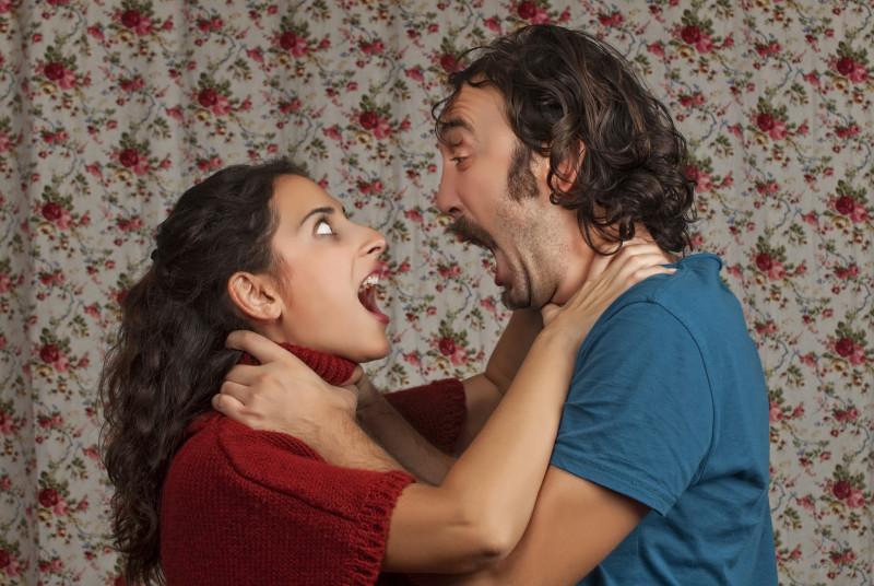 couple choking