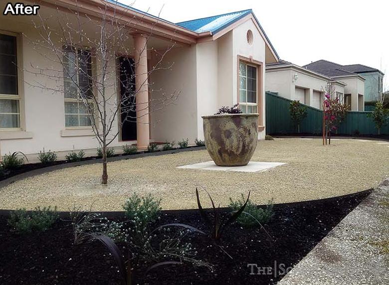 Front landscape garden near Ballarat
