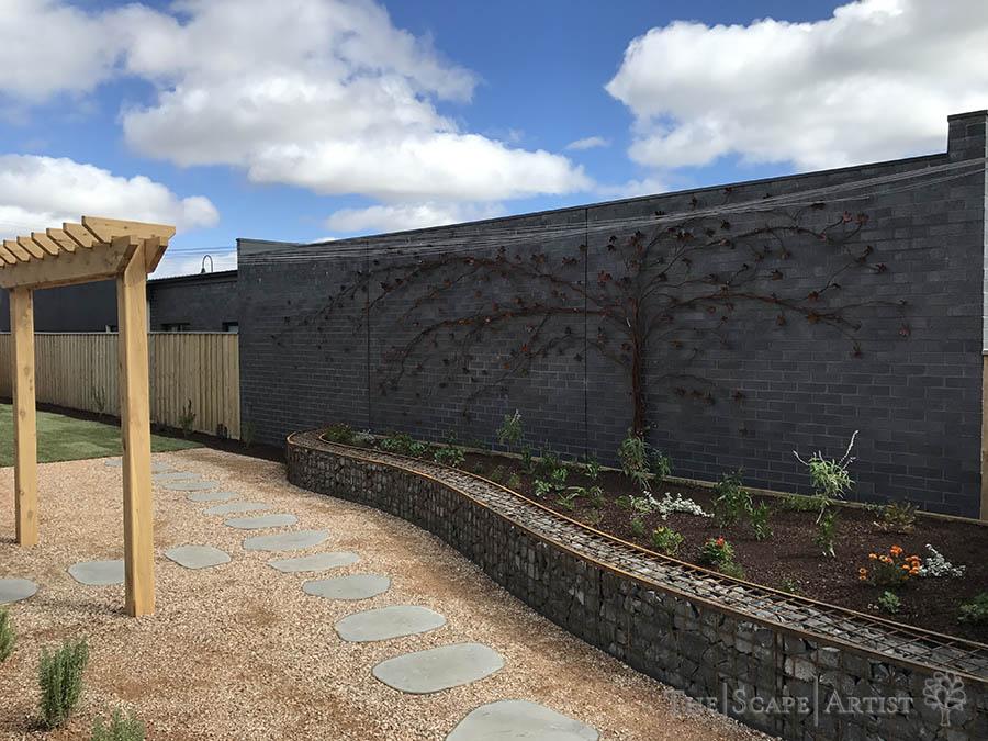 landscaper_ballarat_clunes-daylesford-hepburn_garden-paving_01.jpg