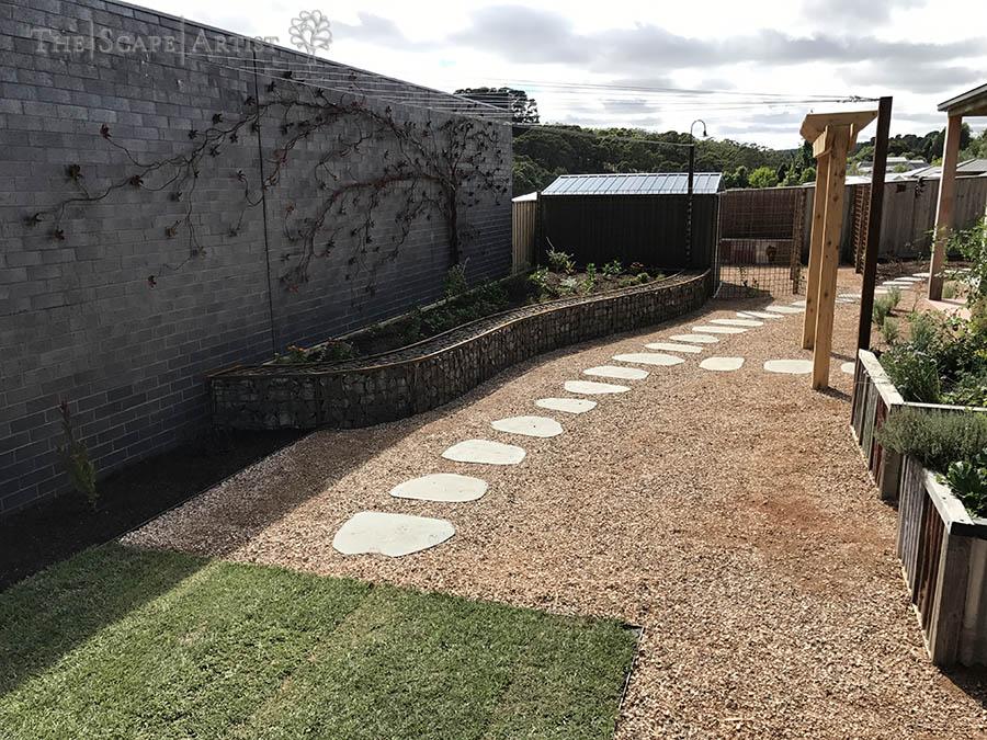 landscaper_ballarat_clunes-daylesford-hepburn_garden-paving_06.jpg