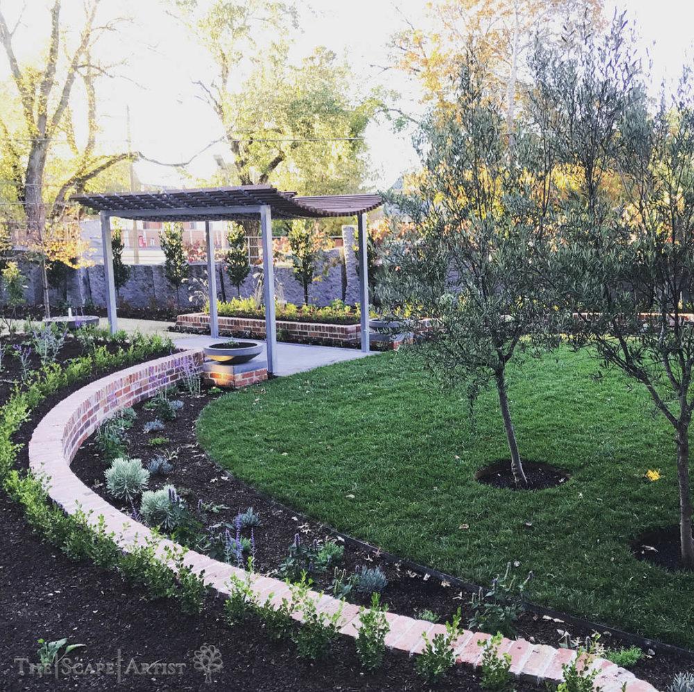 landscaper_ballarat_clunes-daylesford-hepburn_garden-build-02.jpg