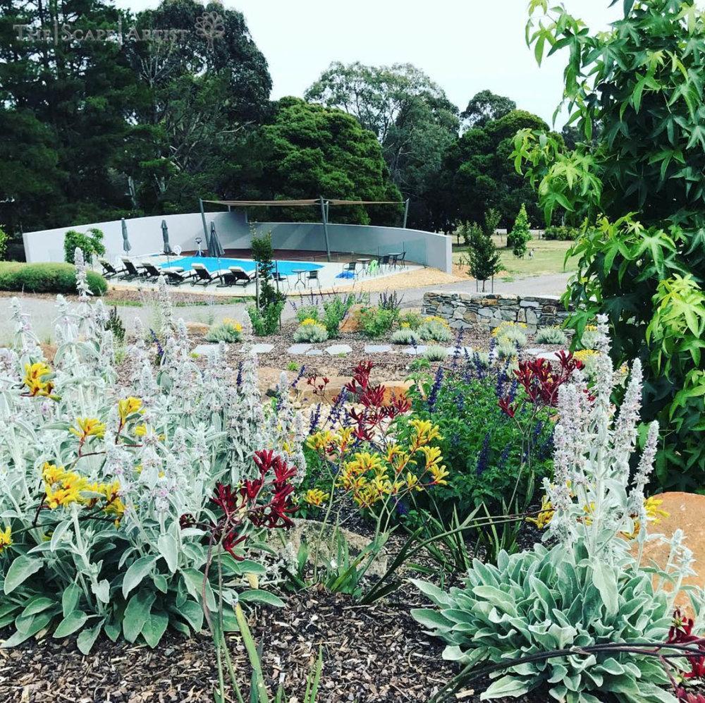 landscaper_ballarat_clunes-daylesford-hepburn_garden-maintenance-03.jpg