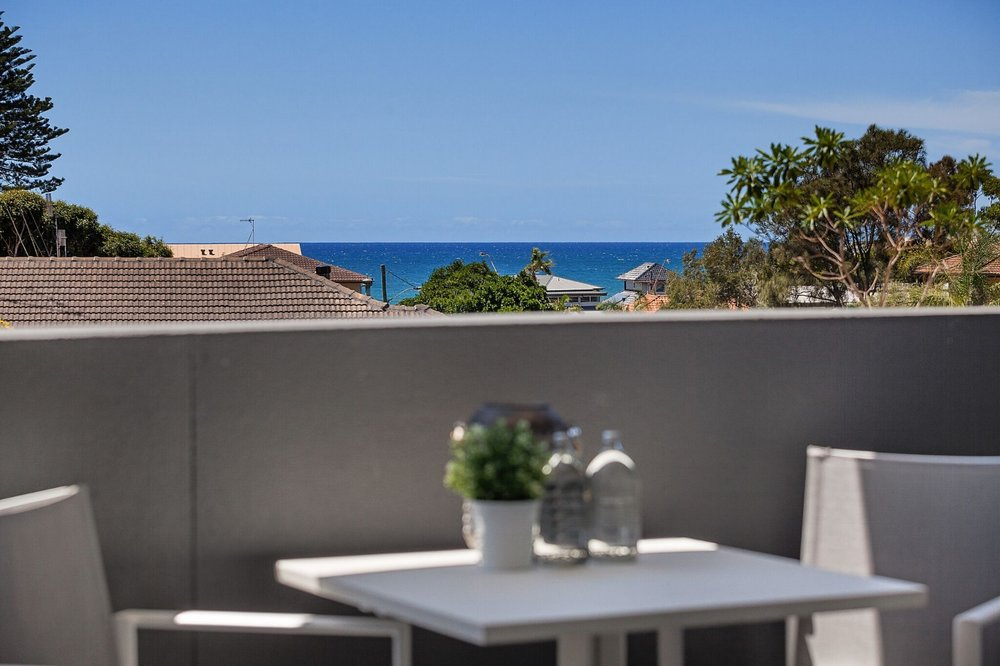 frazer_street_collaroy_outdoor_staging.jpeg