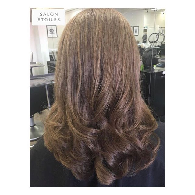 Haircut and styled by @nasim.etoiel • #salonetoiles #btc #blowdry #blowout #couffer #hair #hairgoals #hairstyles #brunette #brunettehair #longhair #virginia #virginiahairstylist #marylandhairstylist #maryland #washingtondc #instahair #hairs #shinnyhair #straighthair