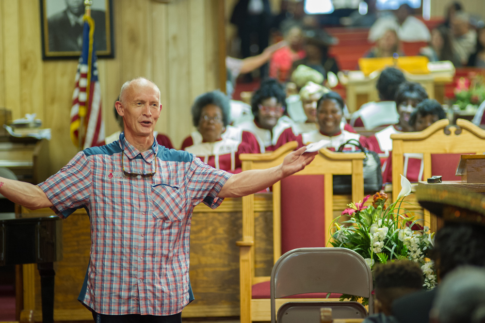 Anders Roddar thanks the congregation at New Bethel Missionary Baptist Church in Clarksdale for their hospitality.