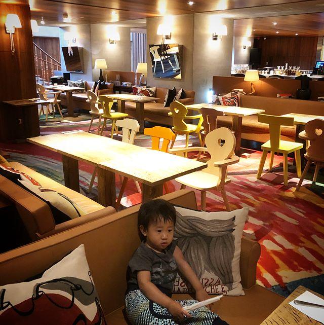 今回台北で滞在したShotelとても快適だった❤️ なかなかオシャレなホテルで、こんなホテル私の写真で作れたらいいのになぁ、と思ったり。なんだかゆめひろがる滞在でした(//∇//) #shotel#台北💓