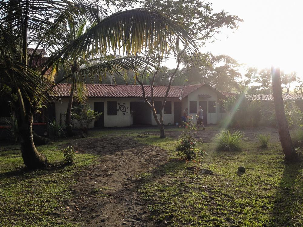 Costa_Rica_Tortuga_Feliz_grounds.jpg