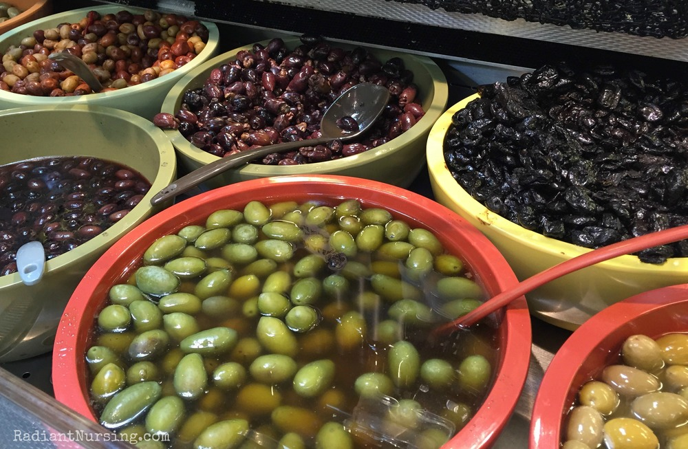 The olive bar at the Davis Food Co-op.