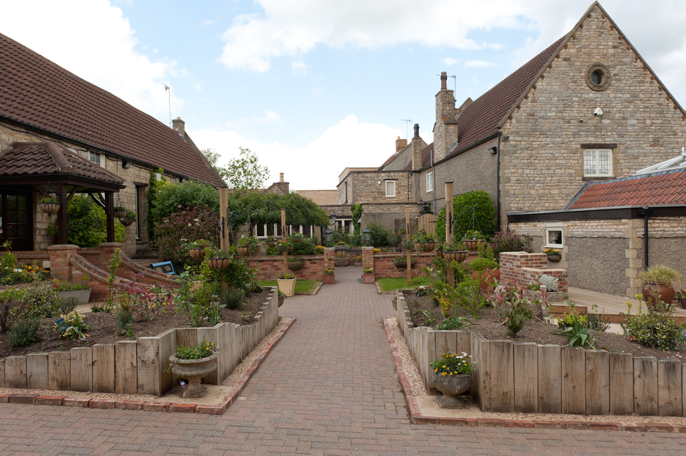 Wilds Lodge Courtyard
