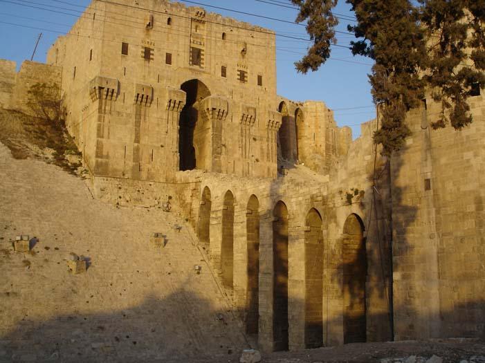 Aleppo Citadel (2).jpg